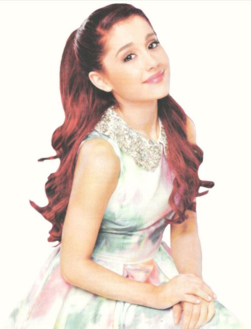 Ariana Grande - Also love her hair here :)