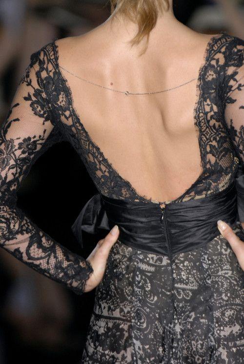 Backless black lace dress AO DAI