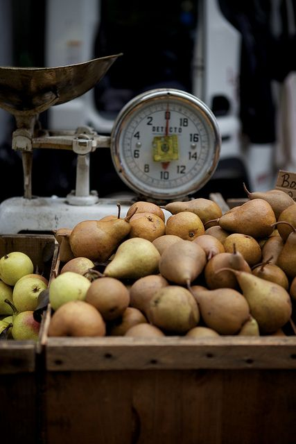 Pears / Image via: Nicole Franzen Photo #fall #autumn #market