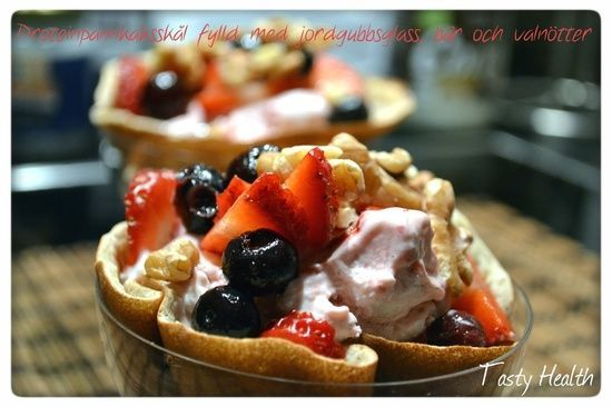 """Tasty Health: """"Dessert Tip: Pannkaksskål filled with strawberry ice cream, berries and walnuts"""" and lunch at Herman's, Wendy Warg and product"""