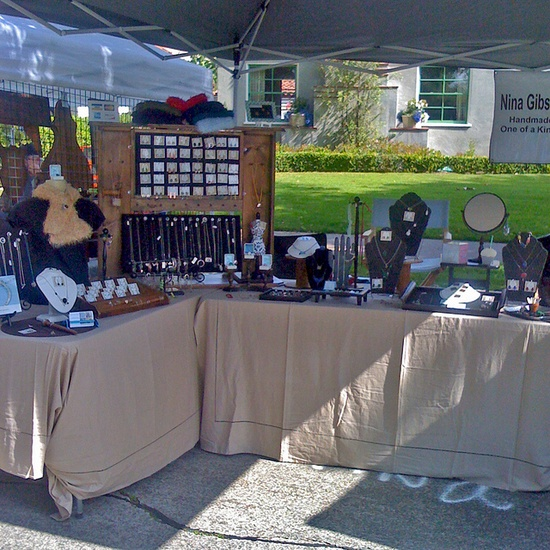 Outdoor jewelry display