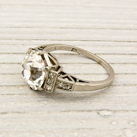 Vintage Wedding ring... yes? Please?