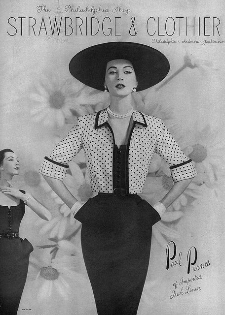 Polka dot chicness of the highest caliber. #vintage #fashion #1950s #Dovima #hat