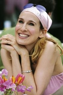Ashlees Loves: Carrie Bradshaw SATC #CarrieBradshaw #SATC #SexAndTheCity #Carrie #fashion #style