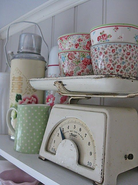 But honey, it was on scale! :D #vintage #kitchen #scale #decor #home #shabby #chic #cute #thermos #bowls #mug