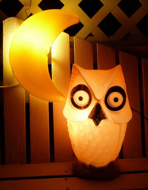 Vintage Halloween Owl Blow #Vintage #Halloween #Owl #Moon