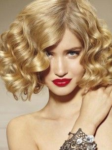 Love vintage hair style