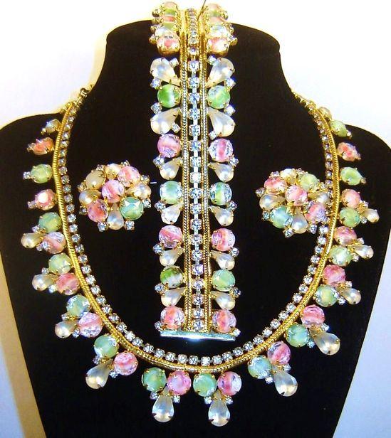 Vintage Hobe Givre Art Glass Rhinestone Necklace Bracelet Earring Set