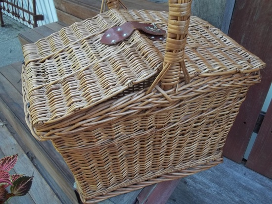 Old Wicker Picnic Basket. $42.00, via Etsy.