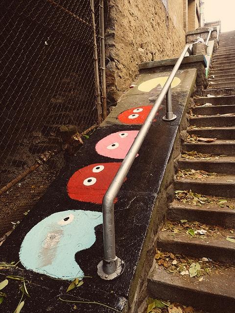 Street Pac Man.    street art 000