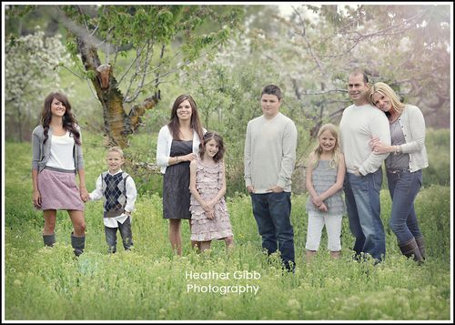like this pose for a large family