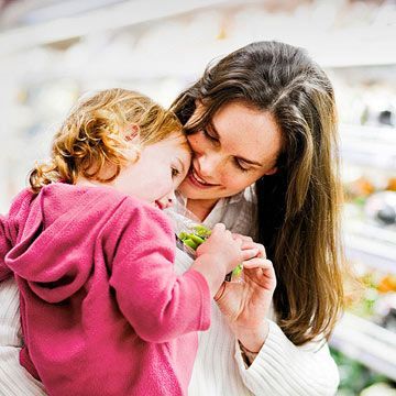 Keep your #toddler occupied during chores or long lines at the store with these 6 fun games: www.parents.com/...