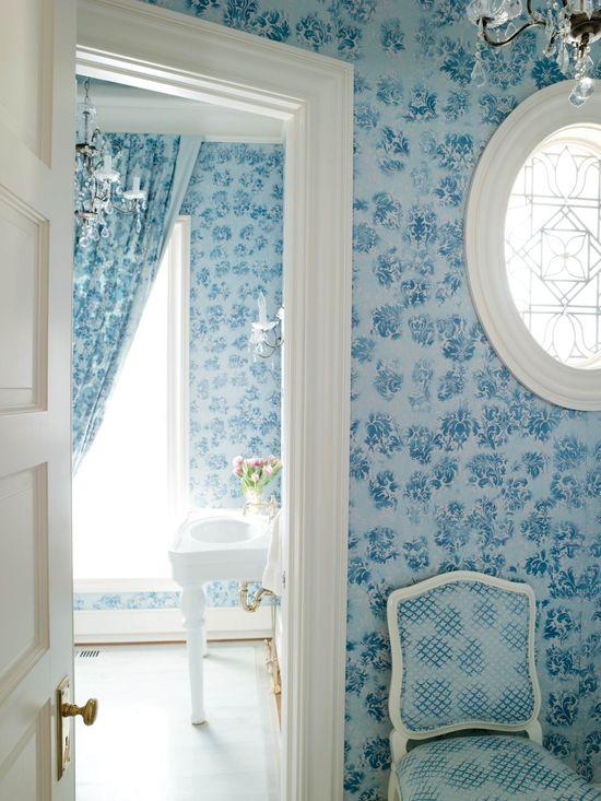 I love the blue wallpaper
