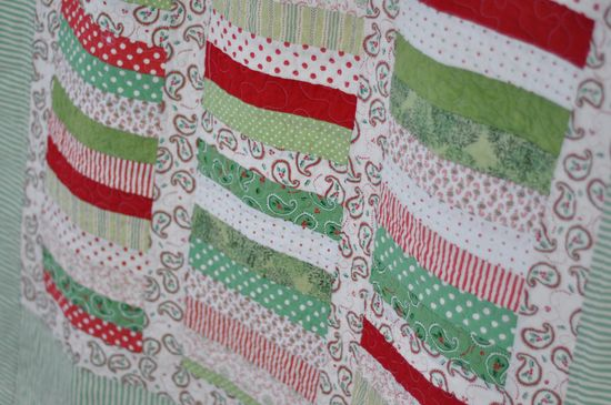 Lovely Christmas quilt.