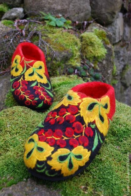 Felted Slippers  red currant Made to order by IrinaU on Etsy, $101.00