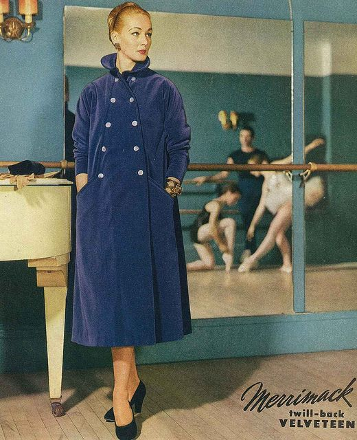 Cold weather coat inspiration from Vogue magazine, 1953. #vintage #fashion #1950s