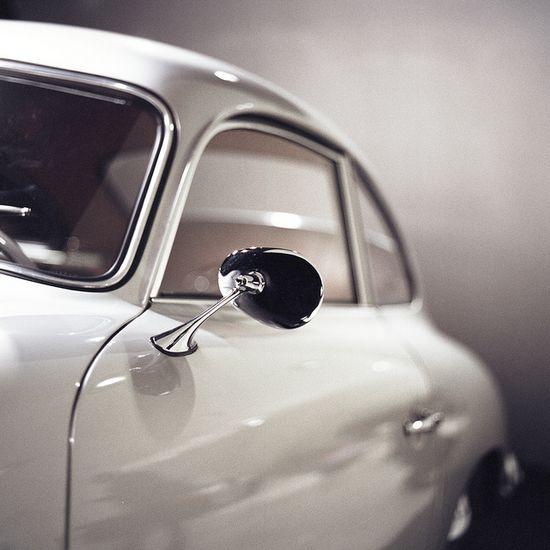 Such a classic design. Porsche/VW knows how to design automobiles...