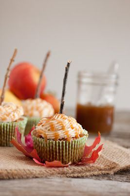 Perfect for fall - MUST try!! Salted Caramel Apple Cupcakes