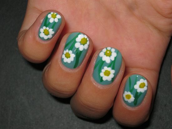 Daisy - Nail Art Gallery