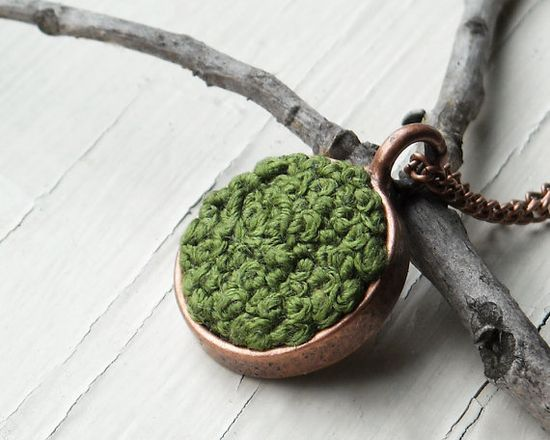 Moss Patch Necklace
