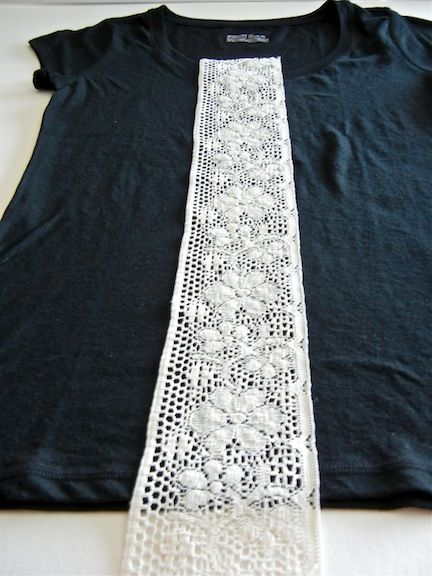 Lace t-shirt upcycle