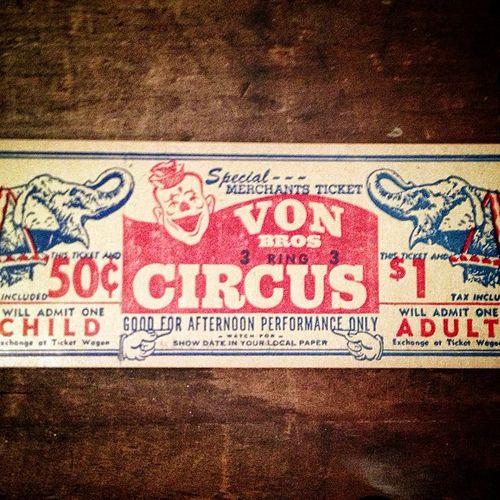 Specimen from Vintage Label Studies.  On loan from a private collection.  #typehunter #vintage #vintagetypography