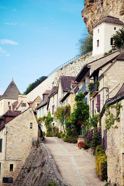 Dordogne, France #weddingstyle #weddings #honeymoondestinations #travel repinned by www.hopeandgrace....