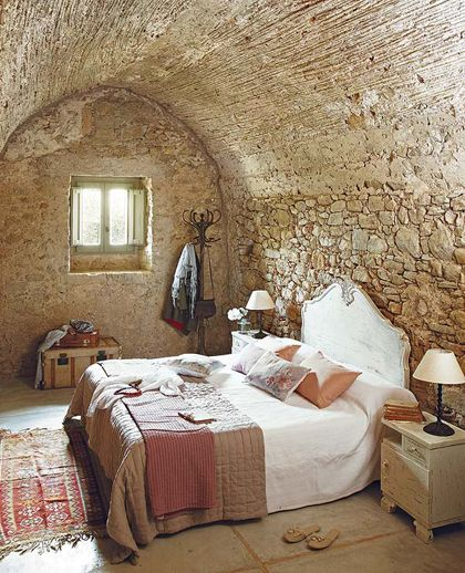 My Paradissi: Stone wall in the bedroom