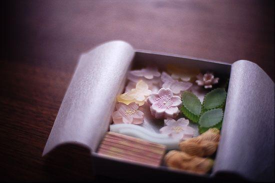 Japanese sweets -higashi-: photo by minato, via Flickr