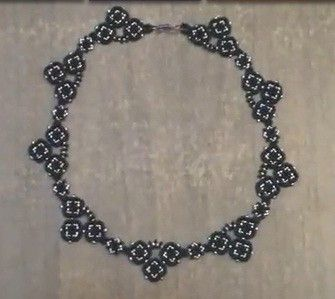 Necklace Tutorial: how to make a beaded necklace with seed beads