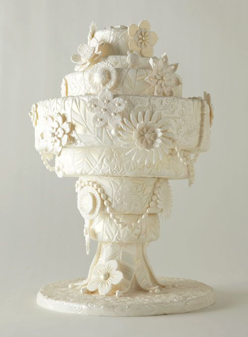 Inspired by an art-deco chandelier #weddings #weddingcake