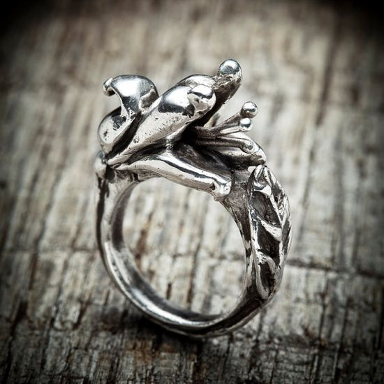 Flower ring - hand carved magnolia cast in sterling silver - nature womens jewelry on Etsy, $95.81 CAD
