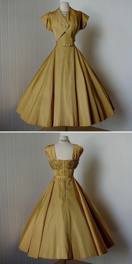 1950s dress! I want one!