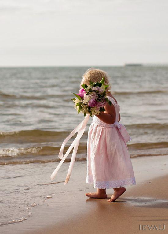 Beach weddings pink linen flower girl dress - Handmade summer girl  dress via Etsy  * LOVE THIS LIL DRESS!