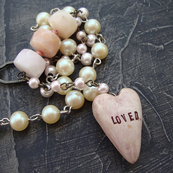 vintage faux pearls and pinkishness