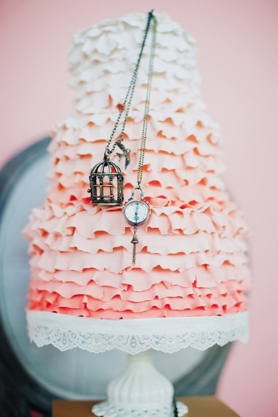 Storybook inspired wedding cake by www.cakecoquette....  Photography by tinywater.com