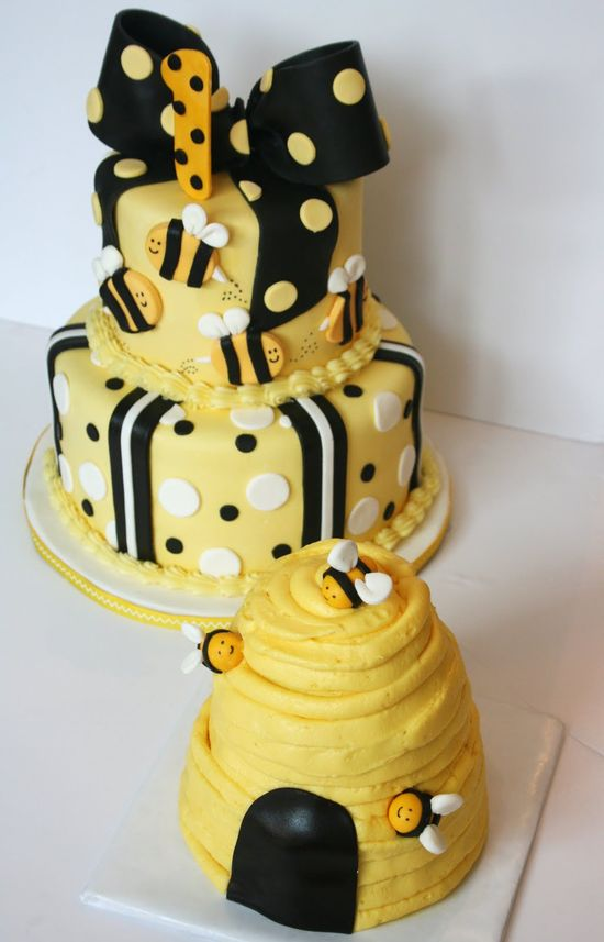 Bumble Bee 1st Birthday cake is so cute.