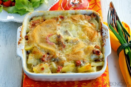 French potato, onion & cheese gratin