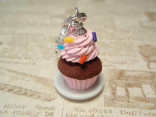 Cupcake Charmer  Handmade Charm from My Bead by mybeadgarden, $6.00