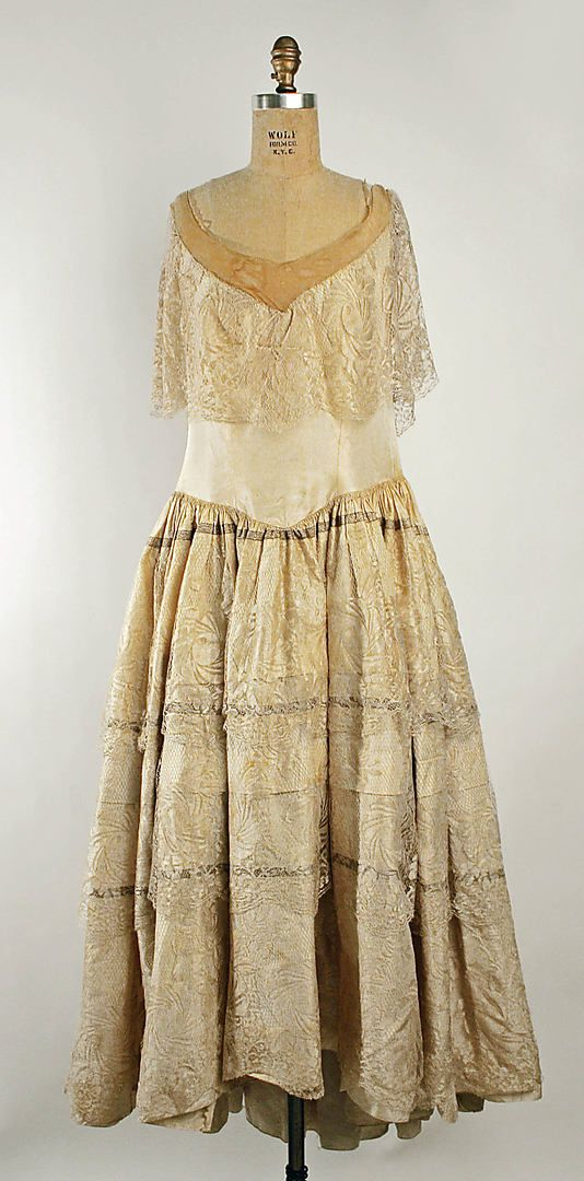 Dress (Robe de Style)  House of Lanvin  (French, founded 1889)  Designer: Jeanne Lanvin (French, 1867–1946) Date: fall/winter 1926–27 Culture: French Medium: silk