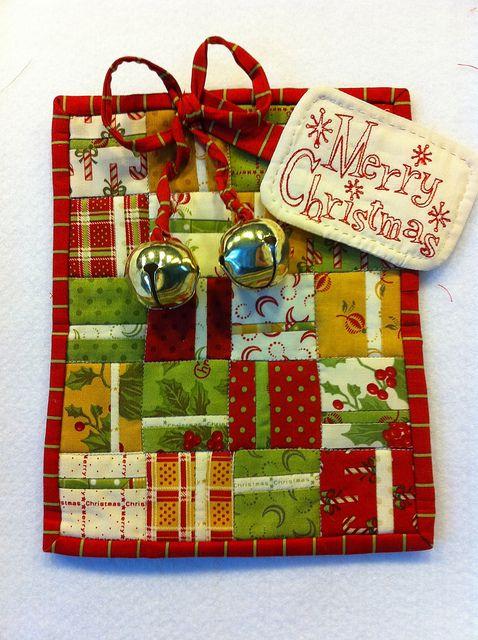 Christmas gift mug rug