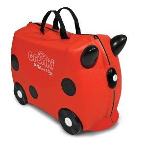 Trunki by Melissa & Doug is a sturdy carry on suitcase for kids which doubles as a riding toy. Tow strap allows you to pull your child through the airport or train station. $27.41 #Trunki #Kids #Luggage