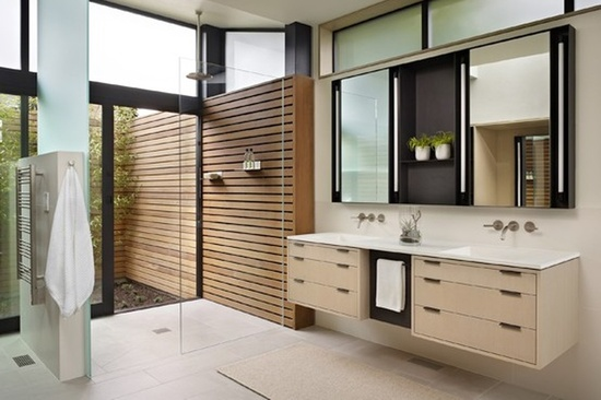 Spacious and modern bathroom design. From Robin Chell Designs, discovered on search.porch.com