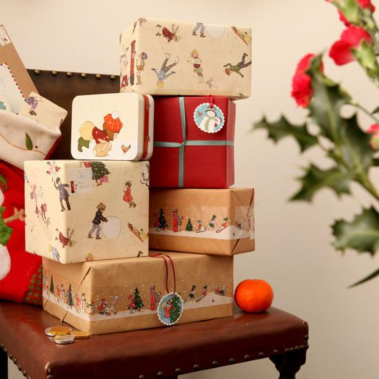 vintage looking wrapping paper :)