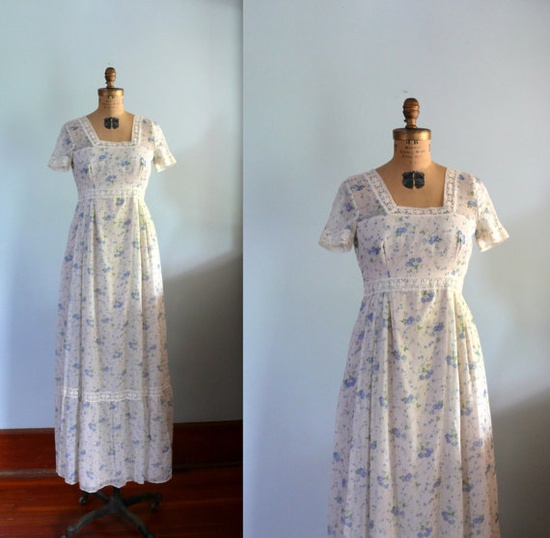 1970s Dress // Cream and Blue floral Lace Maxi Dress // Empire Waist.