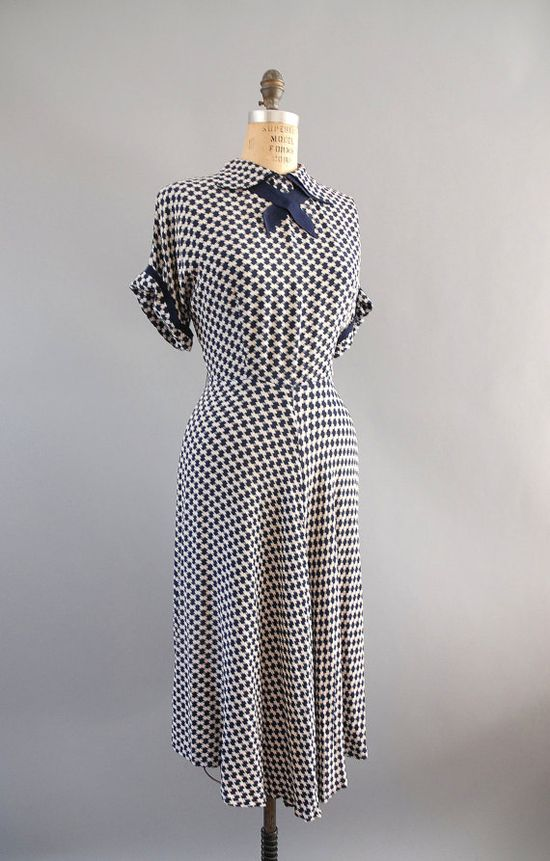 1940s Dress / 40s Houndstooth Dress / by wildfellhallvintage