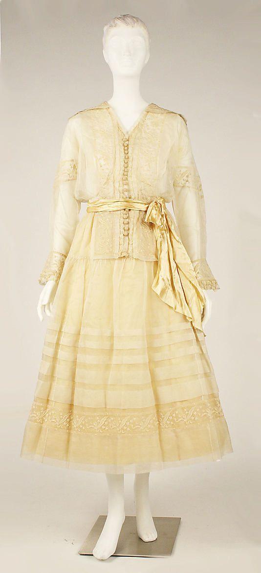 Dress, ca. 1910