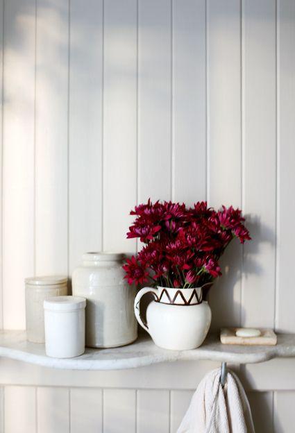 photo styling: vignette // crisp colours // simplicity