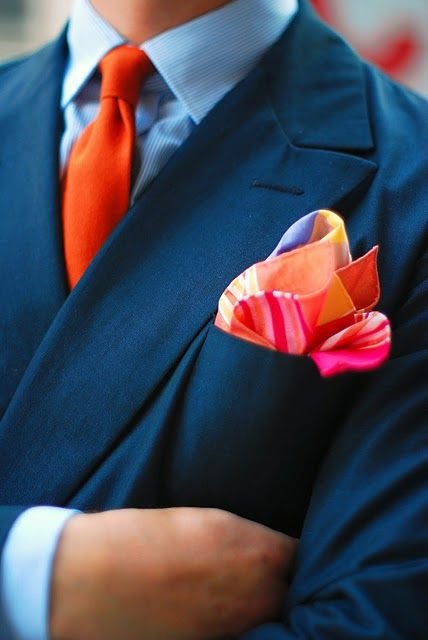 Use bold colors to accessorize a suit #Color #MensFashion #Gentleman #Men #Fashion #Suit #Shirt #Tie #Pocketsquare #Fabrics #Elegance