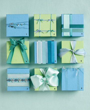 ribboned favor boxes